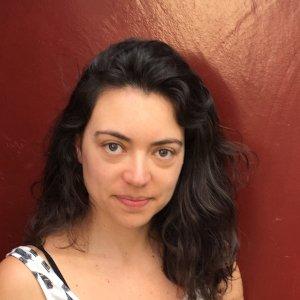 Luisa Setton - Especialista em Literatura para Crianças e Jovens - Produtora de conteúdo e curadoria dos projetos B2B